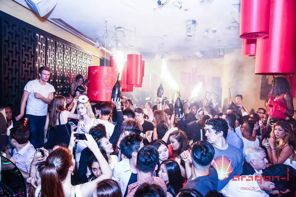 香港 クラブ ドラゴンアイ ランカイフォン